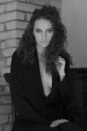 fot. Denis Siejtbatałow – Agnieszka G photomodel